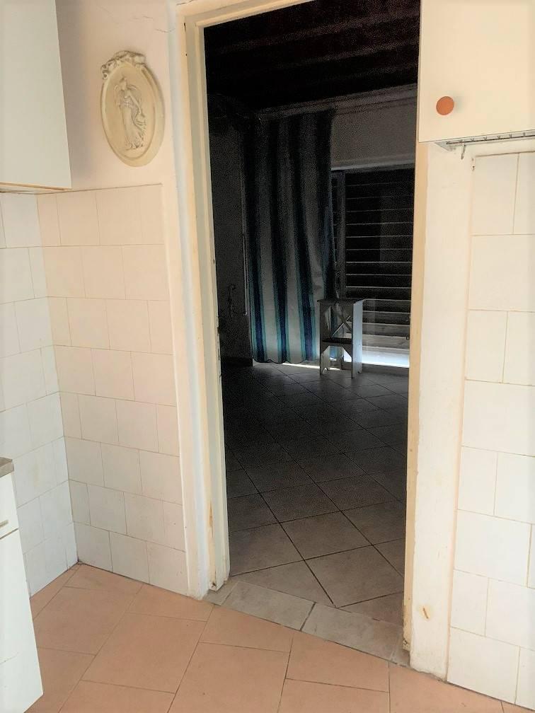 Appartamento in vendita a Castel d'Ario, 2 locali, zona Zona: Centro Urbano, prezzo € 20.000 | CambioCasa.it
