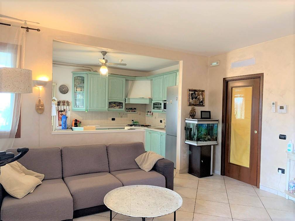 Appartamento in vendita a Castel d'Ario, 3 locali, zona ro Urbano, prezzo € 125.000 | PortaleAgenzieImmobiliari.it
