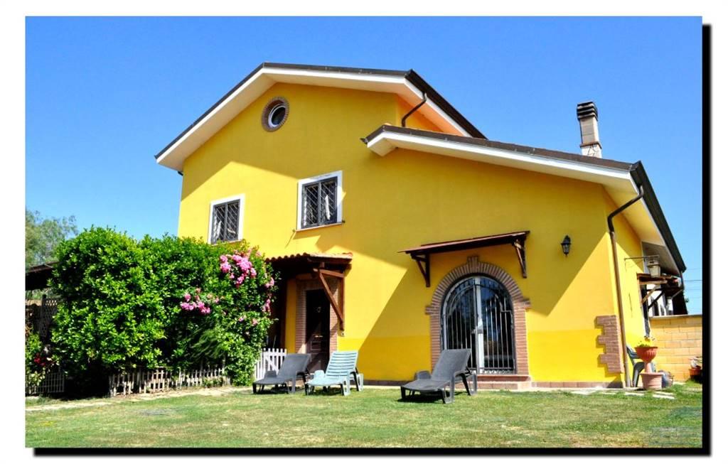 Rustico casale, Borgo Sabotino, Latina, ristrutturato