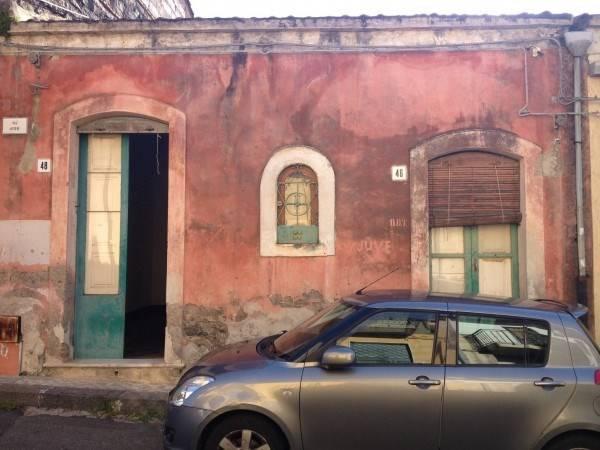 Quadrilocale in Via Auteri  40/42, Cannizzaro, Aci Castello