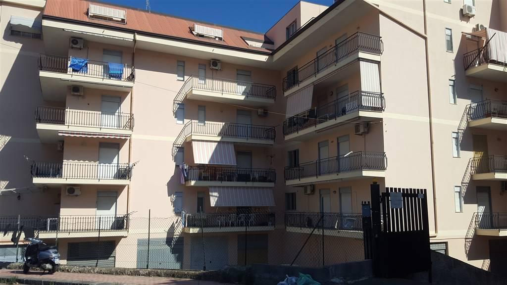 Attico / Mansarda in affitto a Calatabiano, 2 locali, prezzo € 450 | CambioCasa.it