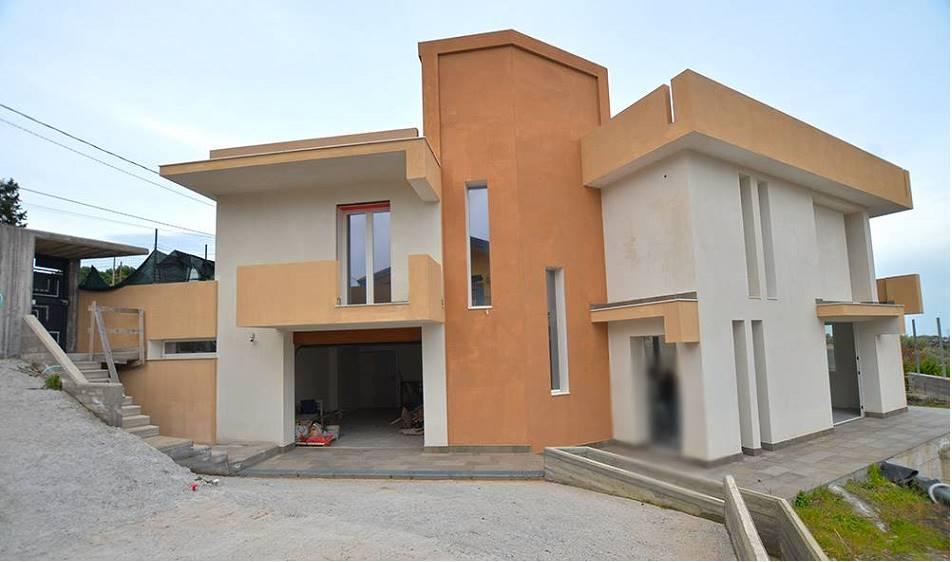 Villa, Pedara, in ottime condizioni