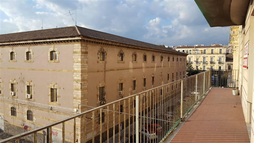 Appartamento in Via Pietro Lupo 3, Piazza Cutelli, Catania