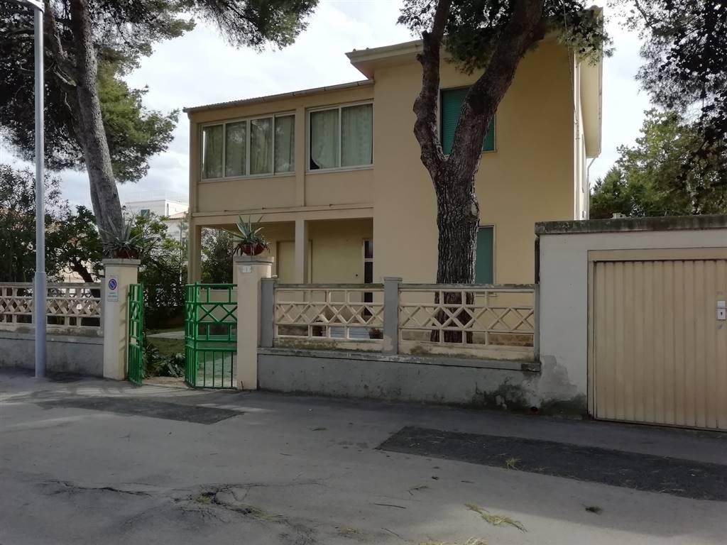 Villa, San Vincenzo, abitabile