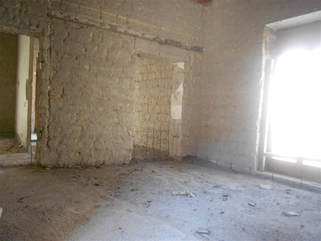 Casa singola, Nola, da ristrutturare