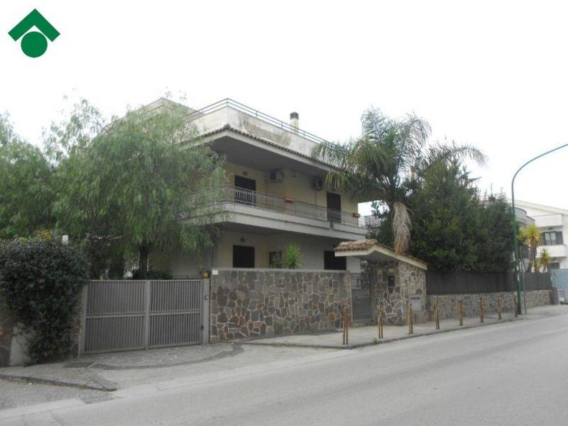 Villa, Nola, in ottime condizioni