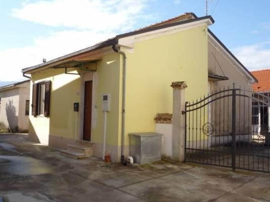 Villa, Ceccano, in ottime condizioni