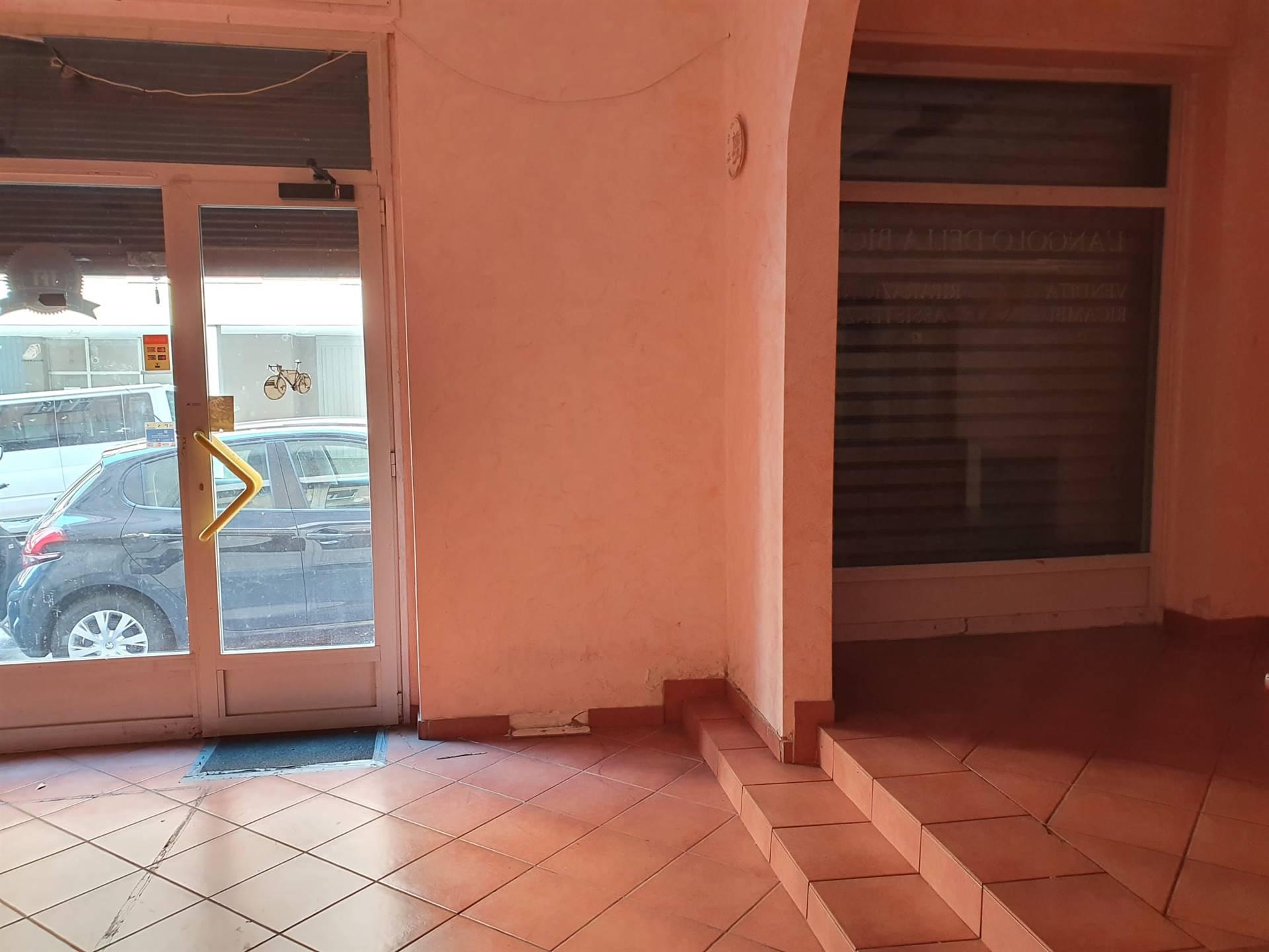 Negozio / Locale in vendita a Trieste, 9999 locali, zona Località: COLOGNA, prezzo € 55.000   CambioCasa.it