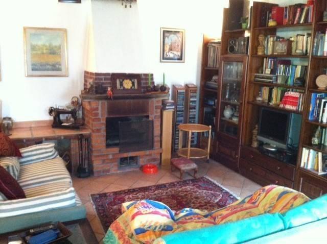 Villa, Mortara, in ottime condizioni