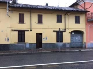 Villa a Schiera in vendita a Tromello, 6 locali, prezzo € 95.000 | CambioCasa.it