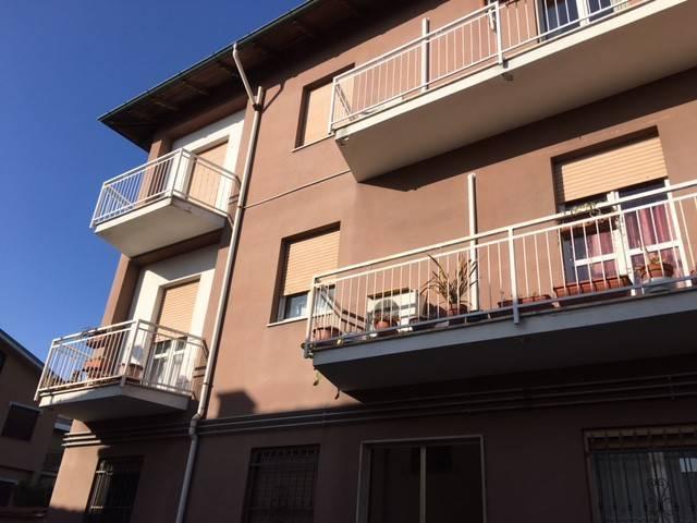 Appartamento in vendita a Robbio, 3 locali, prezzo € 80.000 | CambioCasa.it