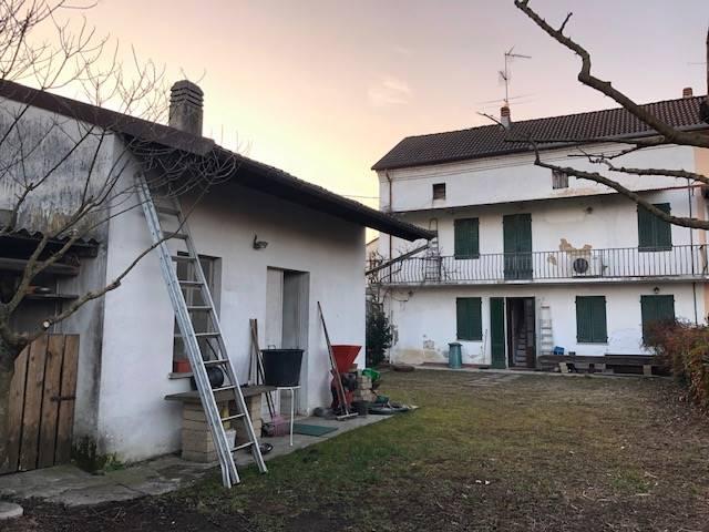 Soluzione Indipendente in vendita a Zeme, 3 locali, prezzo € 85.000   CambioCasa.it