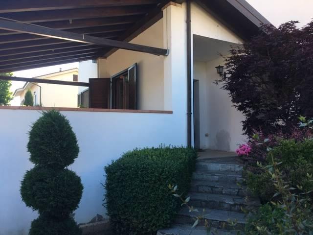 Villa in Enrico Fermi 19, Mortara