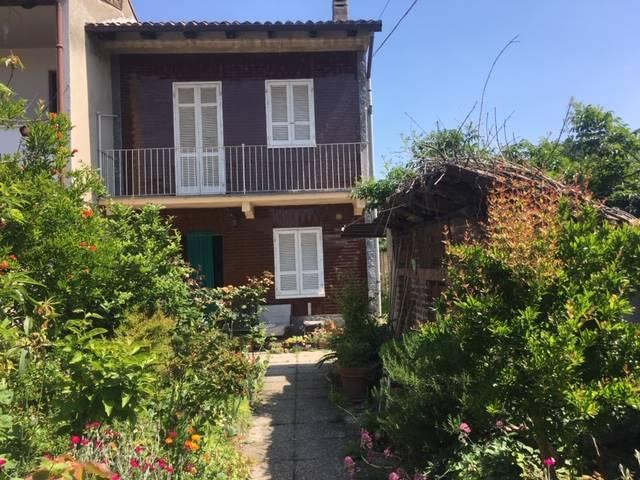 Casa singola in Via Candia  27, Rosasco