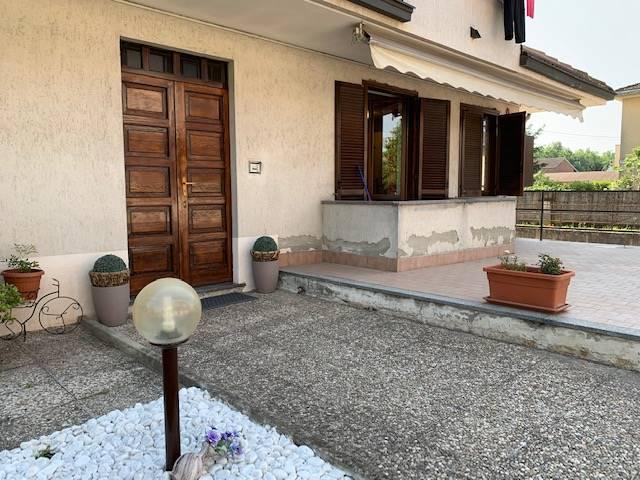 Appartamento in vendita a Parona, 3 locali, prezzo € 75.000 | CambioCasa.it