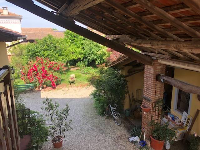 Rustico / Casale in vendita a Breme, 3 locali, prezzo € 105.000 | CambioCasa.it