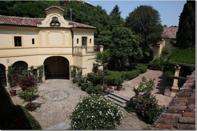 Palazzo / Stabile in vendita a Mombello Monferrato, 37 locali, prezzo € 2.300.000 | CambioCasa.it