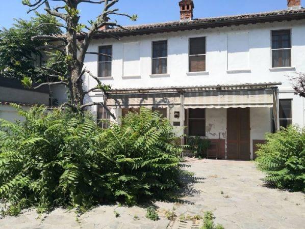 Soluzione Indipendente in vendita a Gambolò, 4 locali, zona Zona: Remondò, prezzo € 60.000 | CambioCasa.it