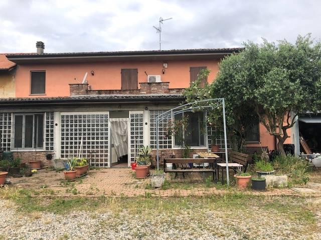 Soluzione Indipendente in vendita a Valle Lomellina, 4 locali, prezzo € 190.000 | CambioCasa.it