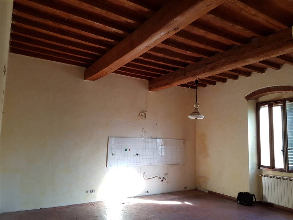GALLUZZO, FIRENZE, Apartment for rent of 80 Sq. mt., Good condition, Heating Individual heating system, Energetic class: G, Epi: 230 kwh/m2 year,