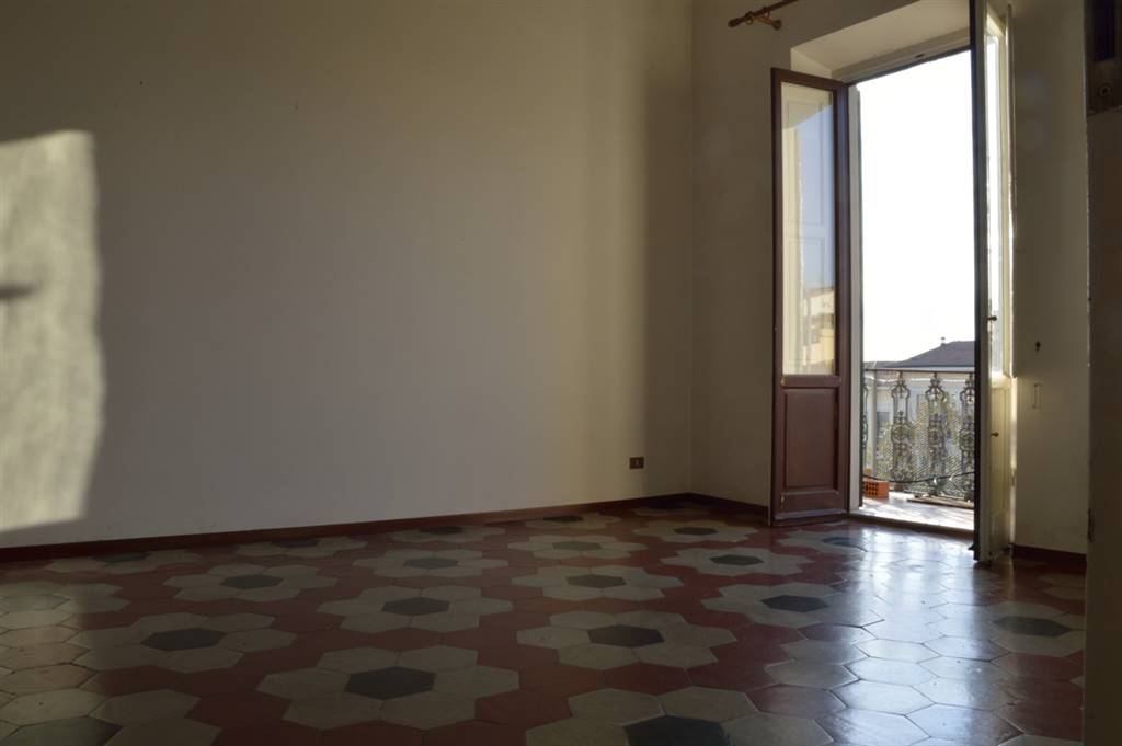 CURE, FIRENZE, Apartment for sale of 125 Sq. mt., Habitable, Heating Individual heating system, Energetic class: G, Epi: 216,8 kwh/m2 year, placed at
