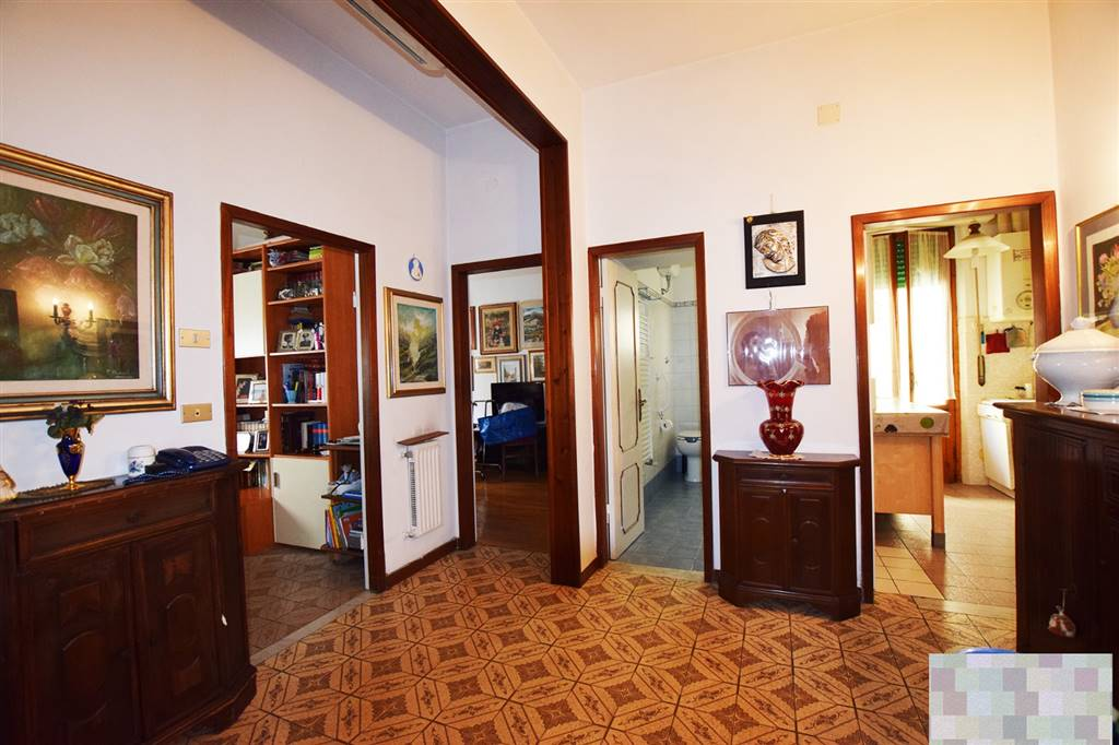 COVERCIANO, FIRENZE, Apartment for sale of 77 Sq. mt., Habitable, Heating Individual heating system, Energetic class: G, Epi: 250 kwh/m2 year, placed