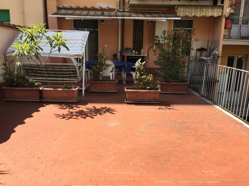 NOVOLI, FIRENZE, Apartment for sale of 95 Sq. mt., Heating Individual heating system, Energetic class: E, Epi: 192 kwh/m2 year, placed at 1° on 6,