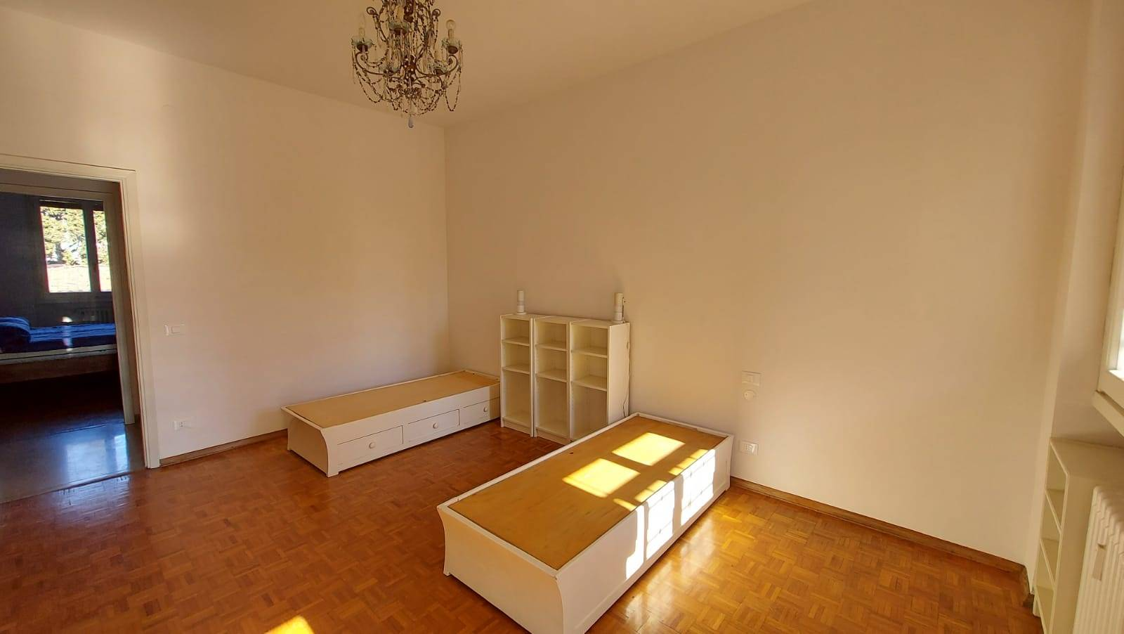 SAVONAROLA, FIRENZE, Apartment for sale of 160 Sq. mt., Restored, Heating Centralized, Energetic class: F, Epi: 142,48 kwh/m2 year, placed at 3°,