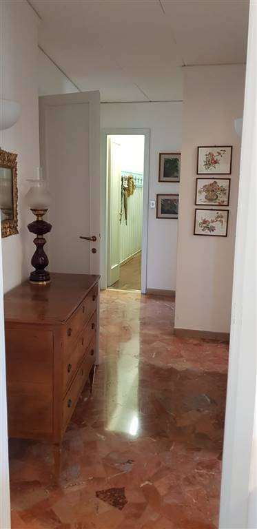 CAMPO DI MARTE, FIRENZE, Apartment for sale of 140 Sq. mt., Habitable, Heating Individual heating system, Energetic class: G, Epi: 230 kwh/m2 year,