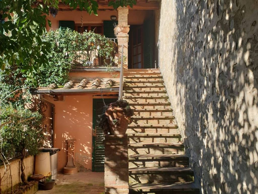 GREVE IN CHIANTI, Apartment for sale of 200 Sq. mt., Good condition, Heating Individual heating system, Energetic class: G, Epi: 3,51 kwh/m2 year,