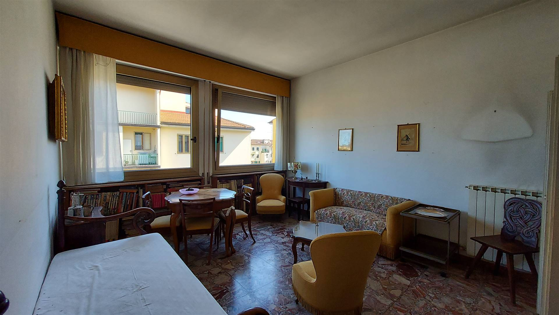 PIAZZA DONATELLO, FIRENZE, Apartment for sale of 100 Sq. mt., Be restored, Heating Individual heating system, Energetic class: F, Epi: 119,65 kwh/m2
