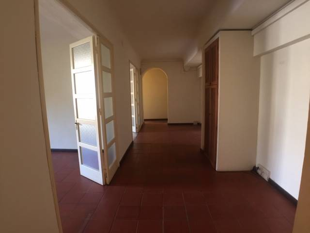 SANTA CROCE, FIRENZE, Bureau des location de 200 Mq, Restauré, Chauffage Autonome, Classe Énergétique: G, Epi: 230 kwh/m3 l'année, composé par: 6