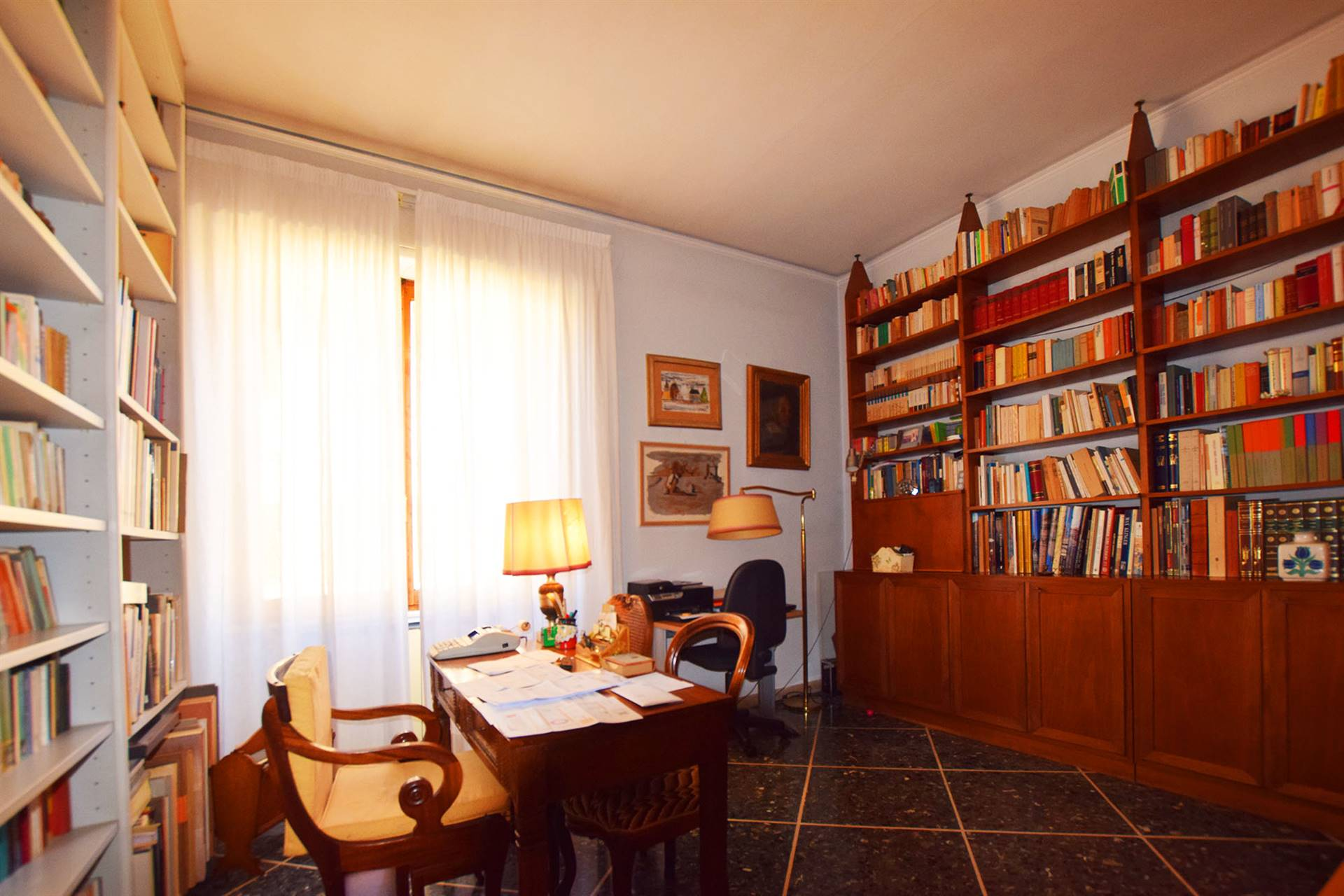 CURE, FIRENZE, Apartment for sale of 223 Sq. mt., Good condition, Heating Individual heating system, Energetic class: G, Epi: 250 kwh/m2 year, placed