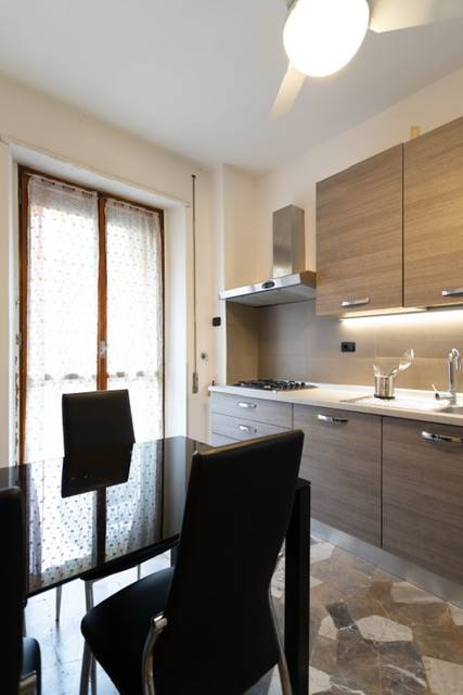 NOVOLI, FIRENZE, Apartment for sale of 100 Sq. mt., Excellent Condition, Heating Centralized, Energetic class: F, Epi: 264,78 kwh/m2 year, placed at