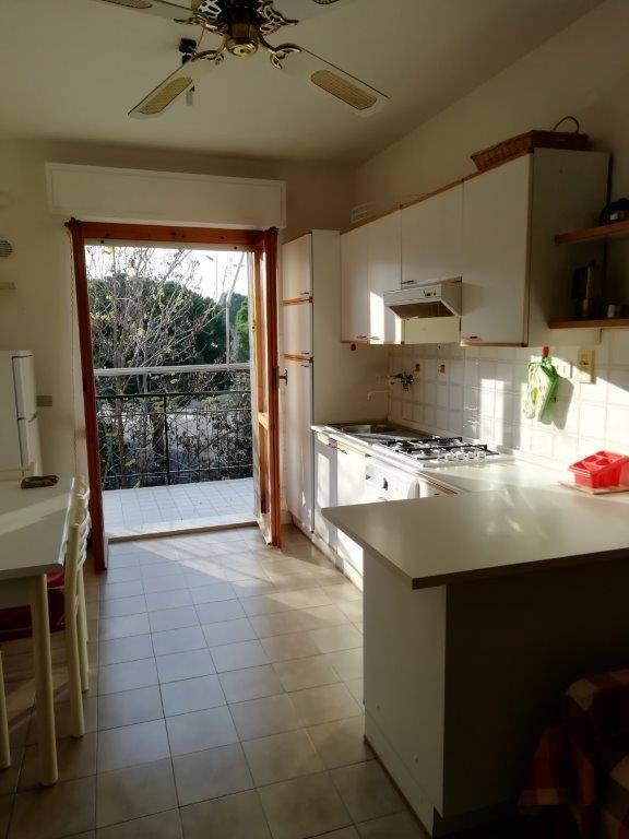 Appartamento in vendita a Numana, 3 locali, zona elli, prezzo € 150.000 | PortaleAgenzieImmobiliari.it