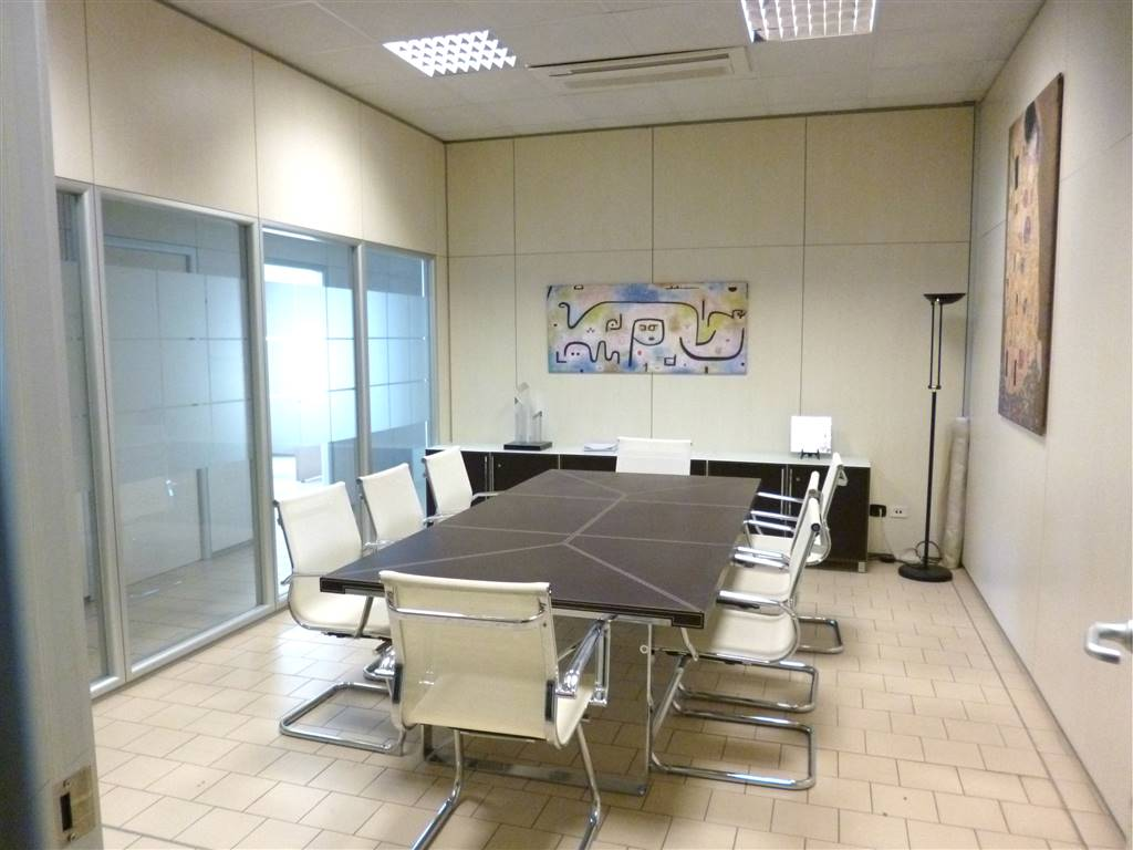 Sale Riunioni Firenze : Commercialproperty for sale in calenzano firenze ref