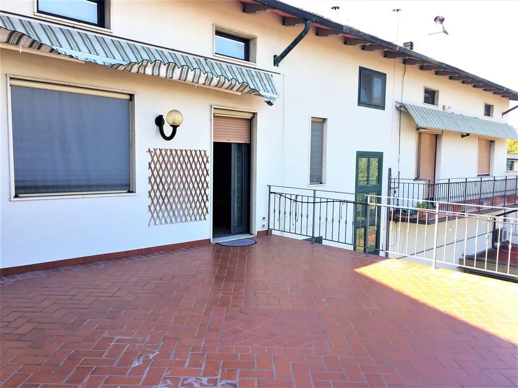 SETTIMELLO, CALENZANO, Appartement des vendre de 140 Mq, Bon , Chauffage Autonome, Classe Énergétique: F, par terre 2° sur 3, composé par: 7 Locals,