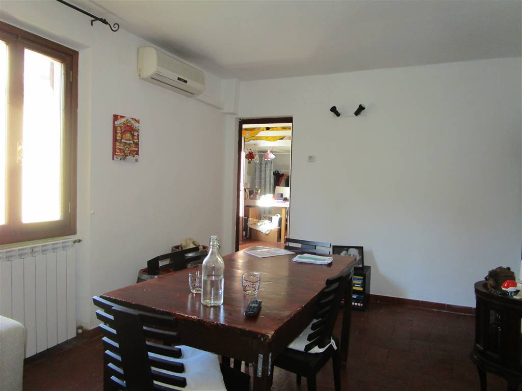 CAREGGI, FIRENZE, Apartment for sale of 59 Sq. mt., Good condition, Heating Individual heating system, Energetic class: F, Epi: 174,56 kwh/m2 year,