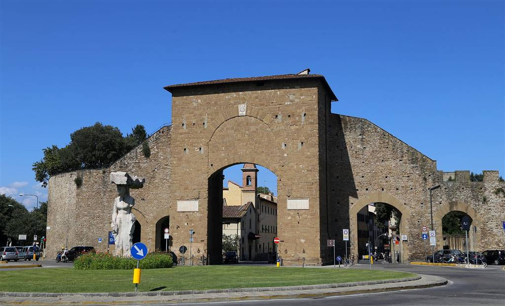 PORTA ROMANA, FIRENZE, Shop for rent of 80 Sq. mt., Excellent Condition, Heating Individual heating system, Energetic class: G, Epi: 278,12 kwh/m3