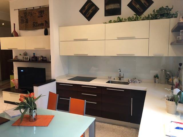 GRIES, BOLZANO, Apartment for sale of 99 Sq. mt., Restored, Heating Centralized, Energetic class: G, placed at 1°, composed by: 3 Rooms, Show cooking,