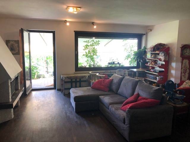 GRIES, BOLZANO, Apartment for sale of 225 Sq. mt., Good condition, Heating Centralized, Energetic class: G, placed at Ground, composed by: 8 Rooms,