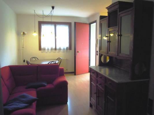 Appartamento in affitto a Follina, 3 locali, zona Zona: La Bella, prezzo € 470   CambioCasa.it