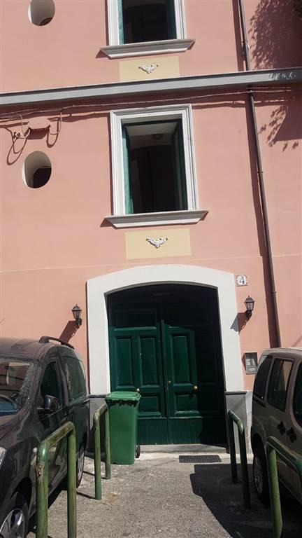 Monolocale in Cesare Battisti, Centro, Salerno