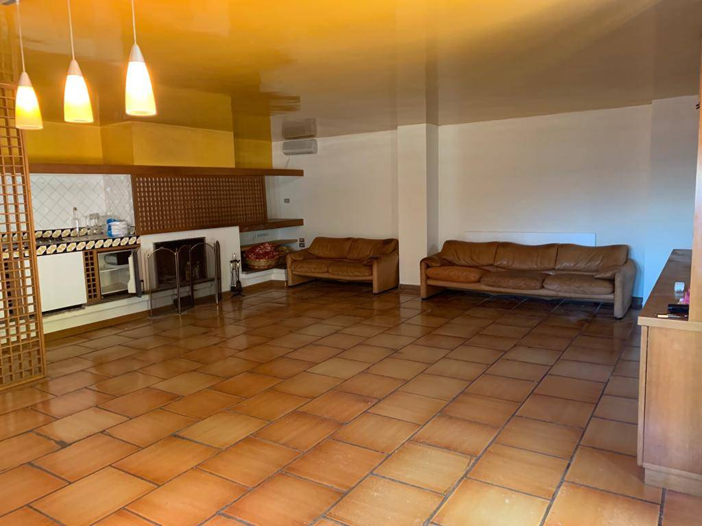 GINESTRE / SALA ABBAGNANO / PANORAMICA / CASA MANZO, SALERNO, Independent Apartment for sale of 200 Sq. mt., Heating Individual heating system,