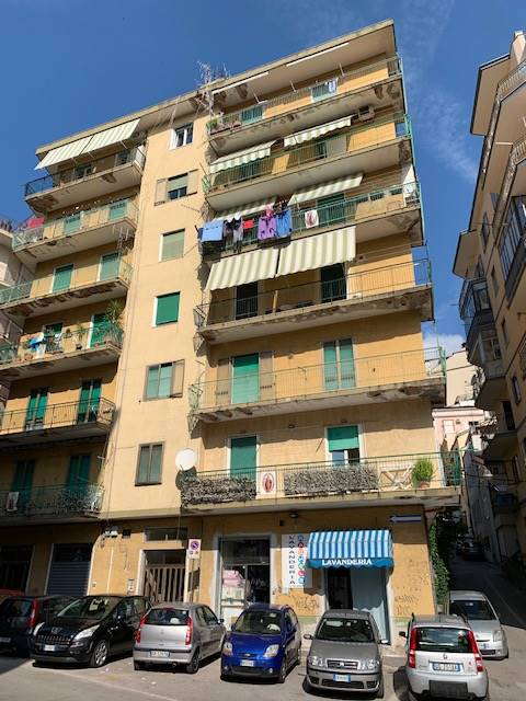 CARMINE, SALERNO, Apartment for sale of 105 Sq. mt., Good condition, Heating Individual heating system, Energetic class: G, placed at 4°, composed