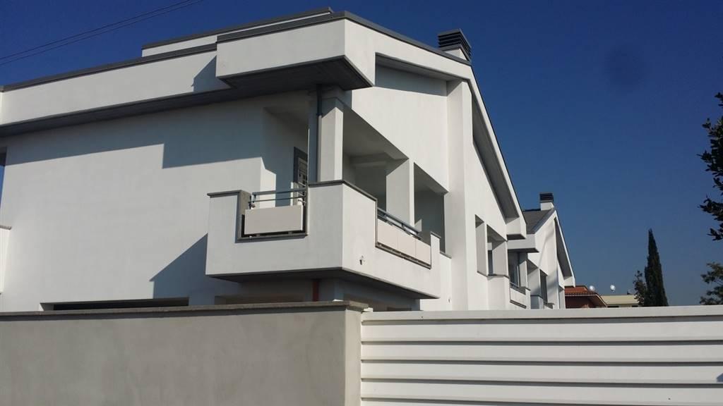 Appartamento indipendente in Via Guarene 98, Pisana, Bravetta, Casetta Mattei, Roma