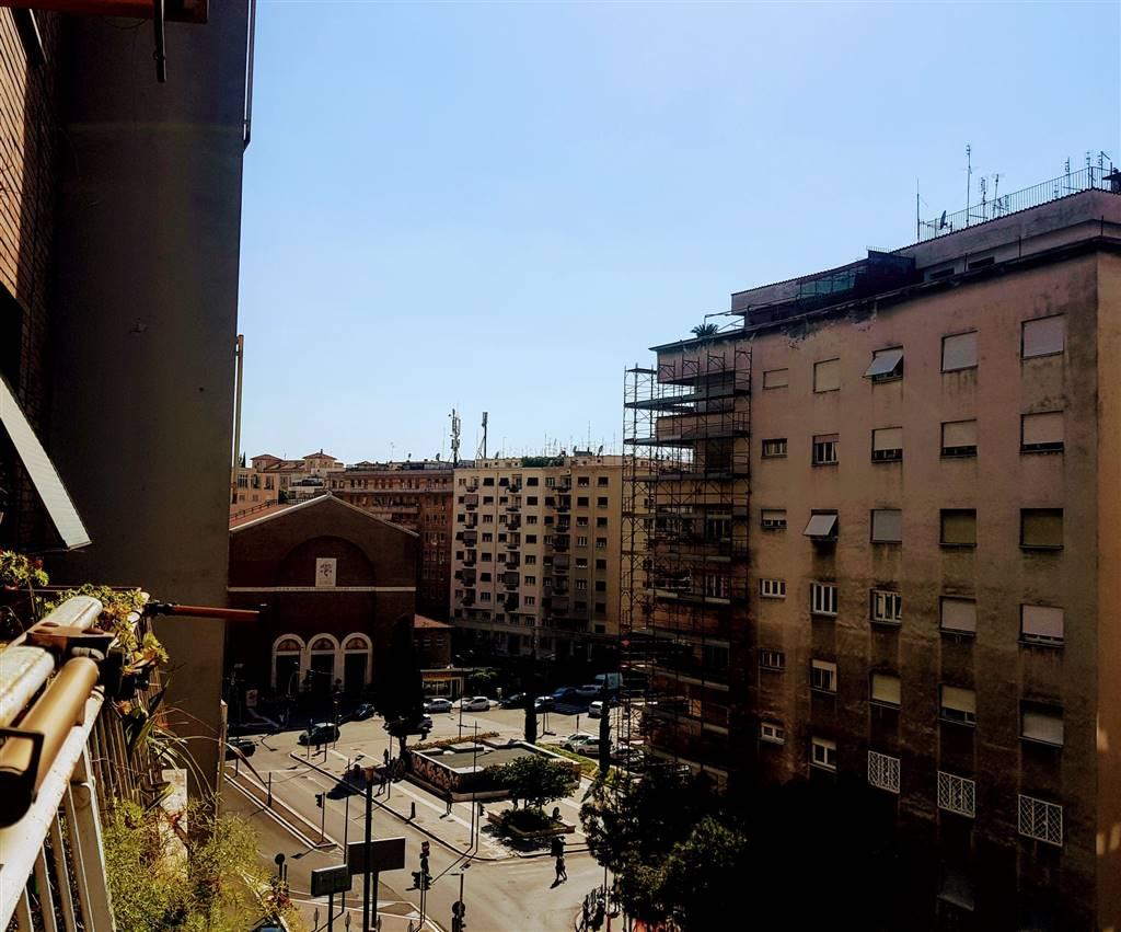 Appartamento in vendita a Roma, 5 locali, zona Zona: 3 . Trieste - Somalia - Salario, prezzo € 580.000 | CambioCasa.it