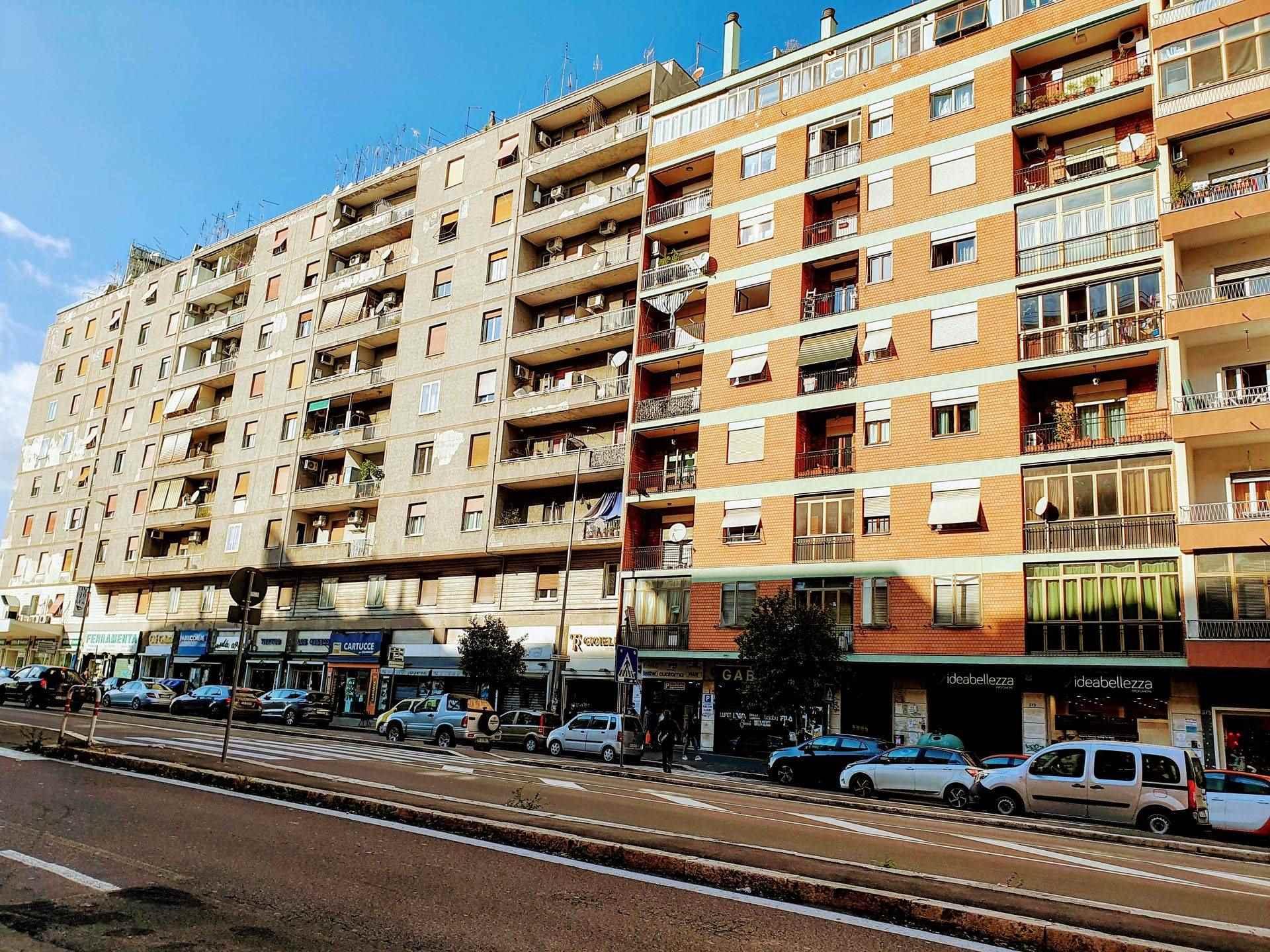 Appartamento in vendita a Roma, 2 locali, zona Zona: 25 . Trastevere - Testaccio, prezzo € 235.000 | CambioCasa.it