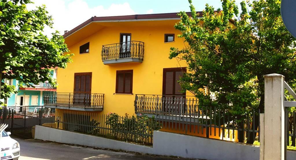 Case alvanella monteforte irpino in vendita e in affitto for Case affitto avellino arredate