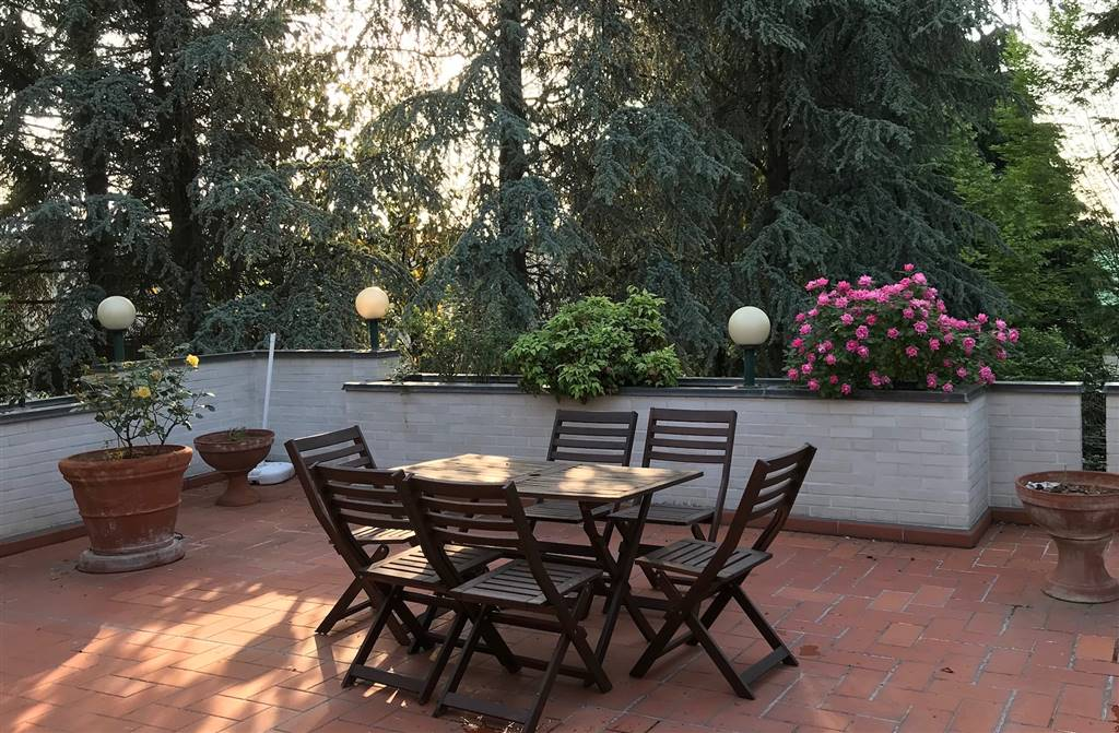 Casa singola in Via Del Carrozzaio  1/3, San Vitale, Bologna